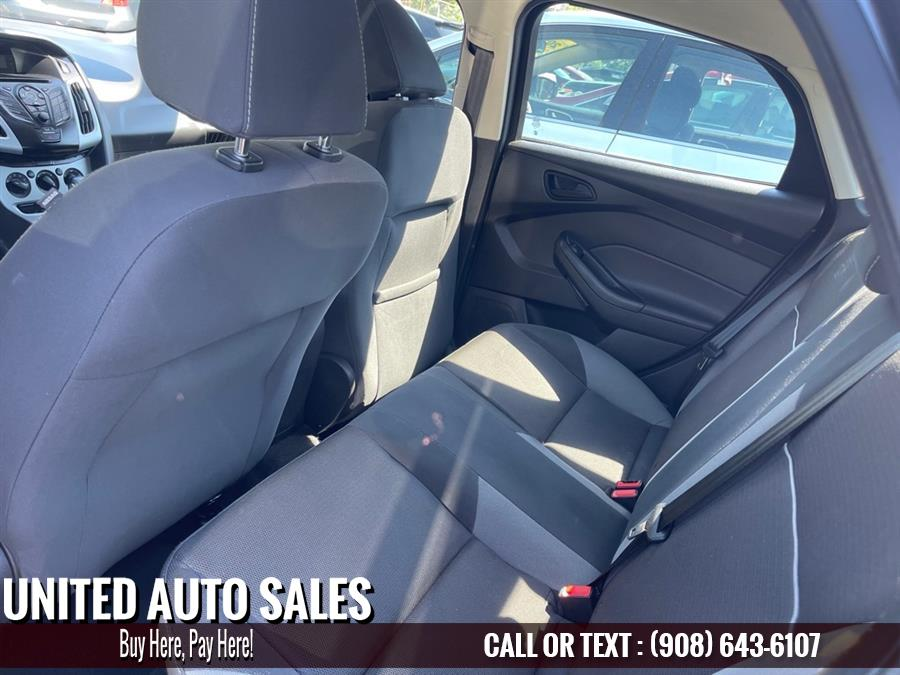 Used Ford Focus SE 2012 | United Auto Sale. Newark, New Jersey