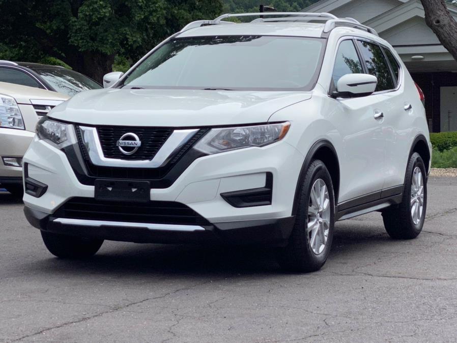 Used Nissan Rogue AWD SV 2017   Lava Motors 2 Inc. Canton, Connecticut