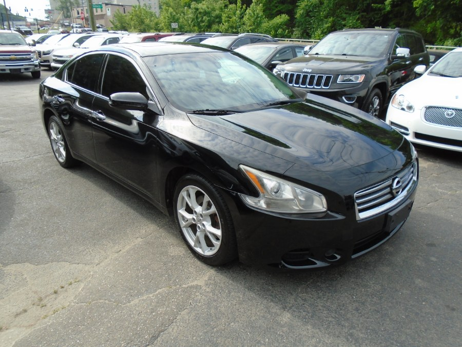 Used 2014 Nissan Maxima in Waterbury, Connecticut | Jim Juliani Motors. Waterbury, Connecticut