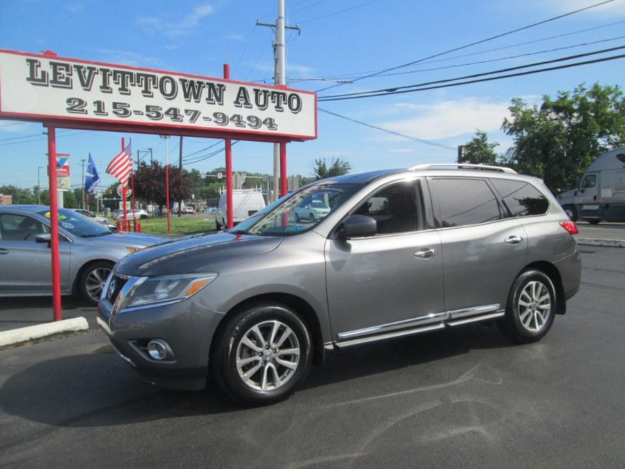Used 2015 Nissan Pathfinder in Levittown, Pennsylvania | Levittown Auto. Levittown, Pennsylvania