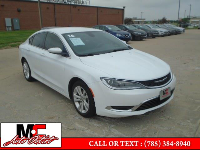 Used 2016 Chrysler 200 in Colby, Kansas | M C Auto Outlet Inc. Colby, Kansas