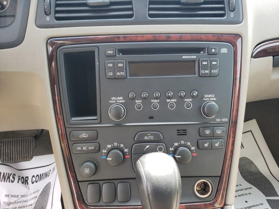 Used Volvo XC70 2.5L Turbo AWD w/Sunroof 2005 | ODA Auto Precision LLC. Auburn, New Hampshire