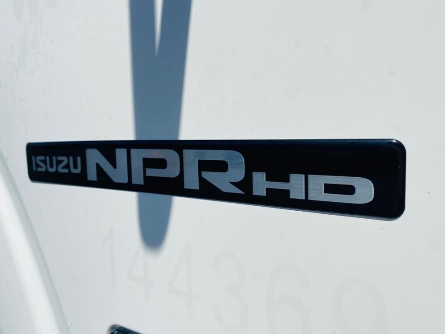 Used Isuzu NPR HD DSL REG AT 16 FEET DRY BOX + NO CDL 2016   NJ Truck Spot. South Amboy, New Jersey