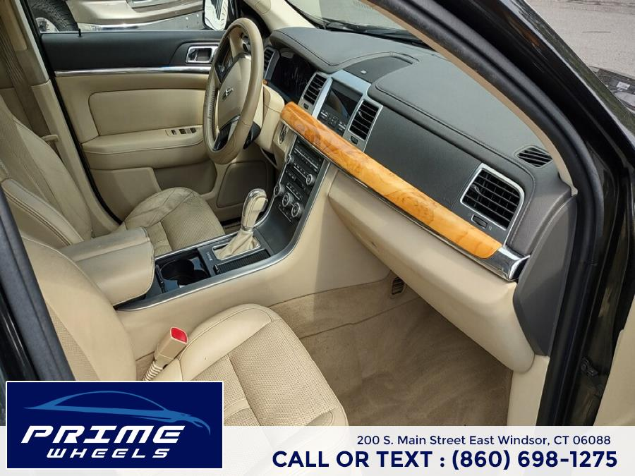Used Lincoln MKS 4dr Sdn 3.7L FWD 2011 | Prime Wheels. East Windsor, Connecticut