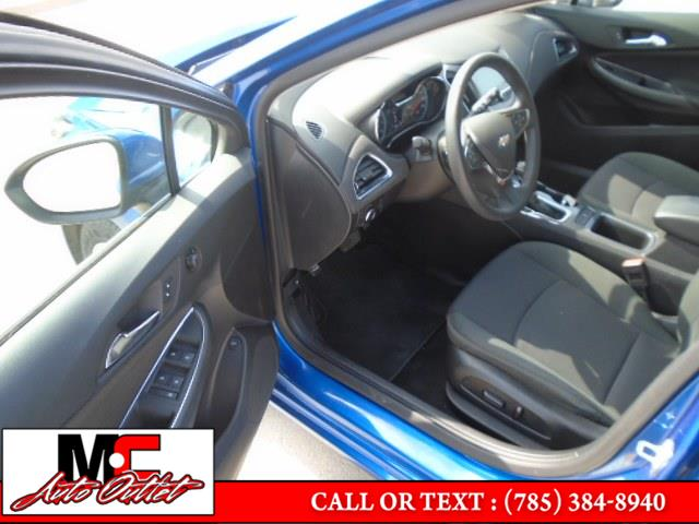Used Chevrolet Cruze 4dr Sdn 1.4L LT w/1SD 2017   M C Auto Outlet Inc. Colby, Kansas
