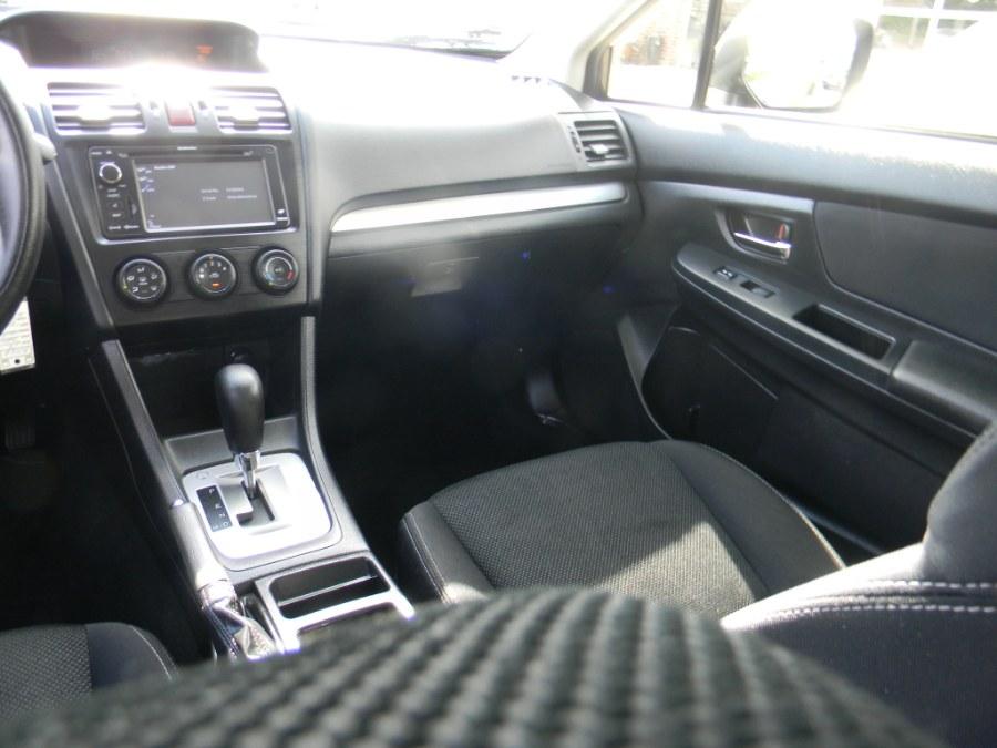 Used Subaru XV Crosstrek 5dr Auto 2.0i Premium 2013 | M&M Vehicles Inc dba Central Motors. Southborough, Massachusetts