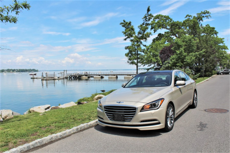 2015 Hyundai Genesis 4dr Sdn V6 3.8L AWD, available for sale in Great Neck, NY
