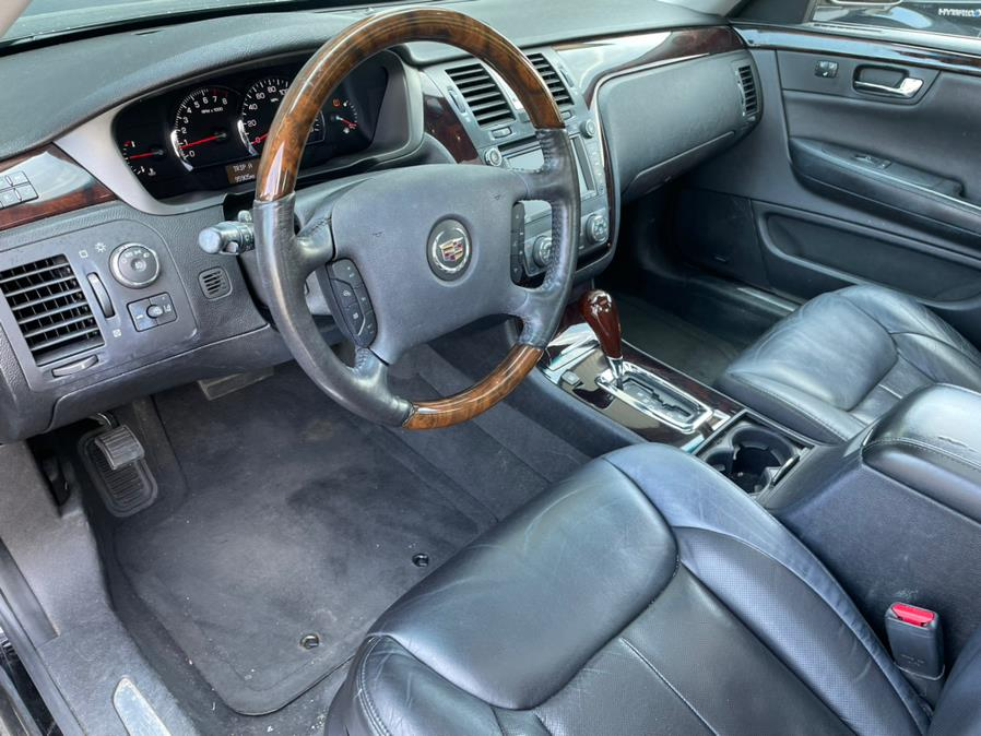 Used Cadillac DTS 4dr Sdn w/1SE Performance 2008 | Chip's Auto Sales Inc. Milford, Connecticut