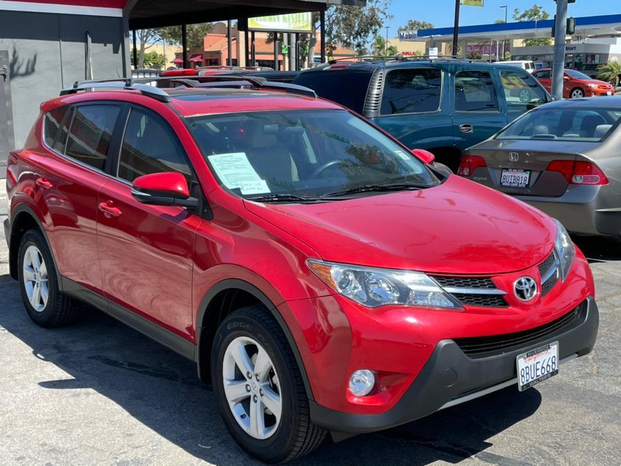 Used Toyota RAV4 FWD 4dr XLE (Natl) 2014 | Green Light Auto. Corona, California