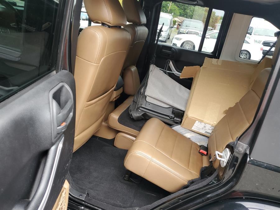 Used Jeep Wrangler Unlimited 4WD 4dr Sahara 2012 | New Beginning Auto Service Inc . Ashland , Massachusetts