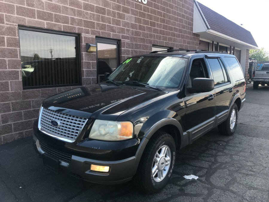 Used 2004 Ford Expedition in Bridgeport, Connecticut | Airway Motors. Bridgeport, Connecticut