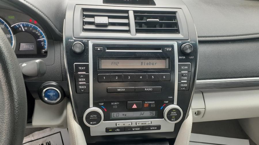 Used Toyota Camry Hybrid 4dr Sdn LE (Natl) 2012 | Wonderland Auto. Revere, Massachusetts