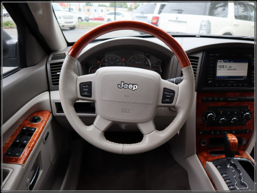 Used Jeep Grand Cherokee 4dr Overland 4WD 2006   My Auto Inc.. Huntington Station, New York