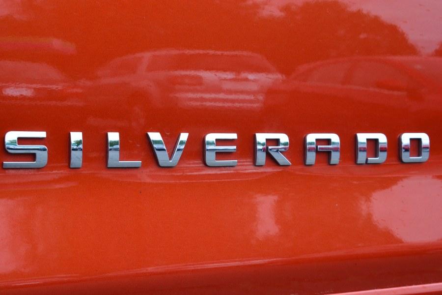 "Used Chevrolet Silverado 1500 4WD Crew Cab 143.5"" LT w/1LT 2015   Longmeadow Motor Cars. ENFIELD, Connecticut"