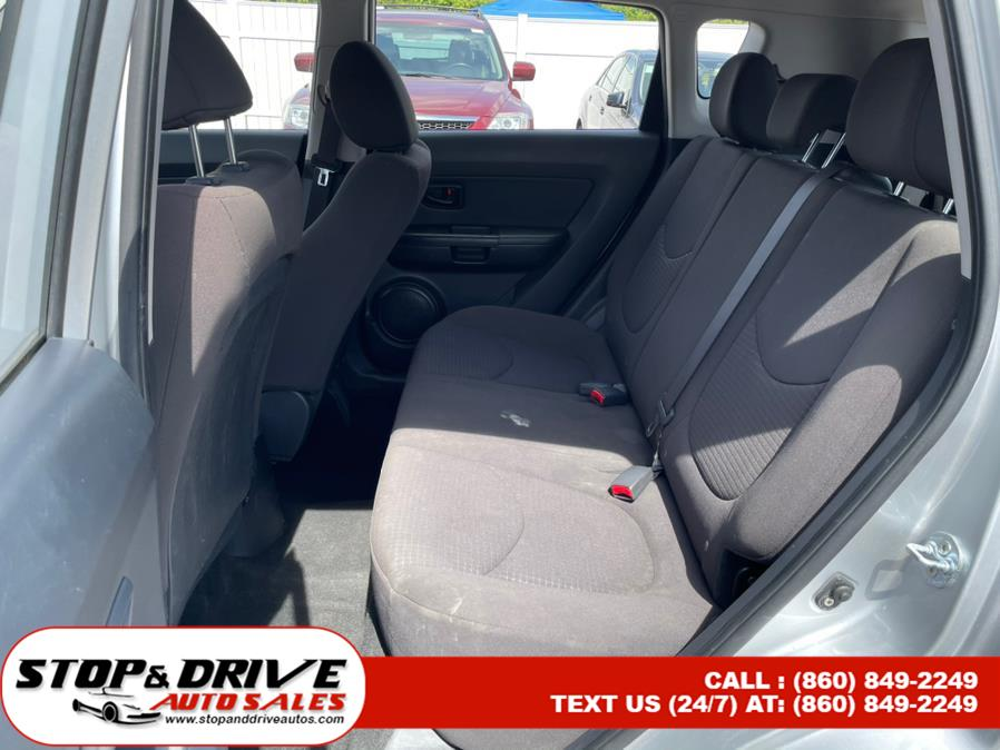 Used Kia Soul 5dr Wgn Auto Base 2013   Stop & Drive Auto Sales. East Windsor, Connecticut