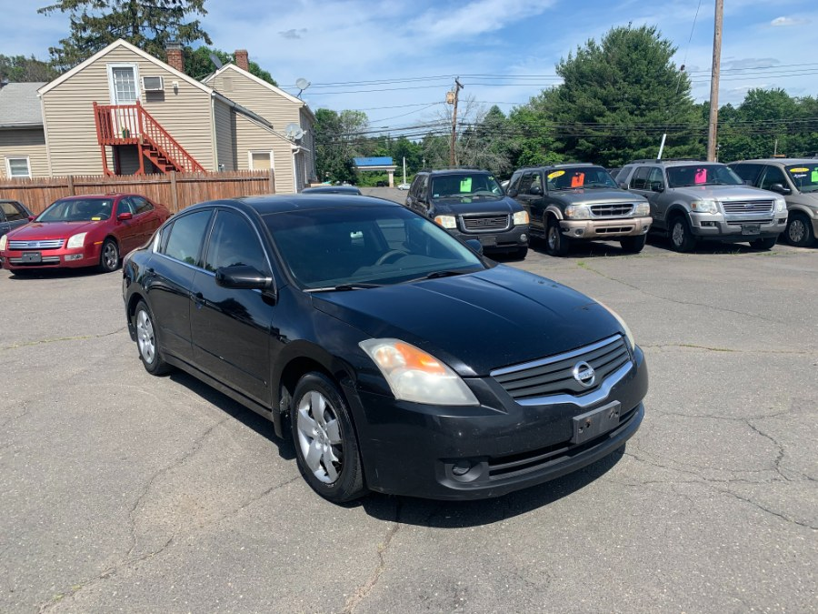 Used Nissan Altima 4dr Sdn I4 CVT 2.5 S 2008 | CT Car Co LLC. East Windsor, Connecticut