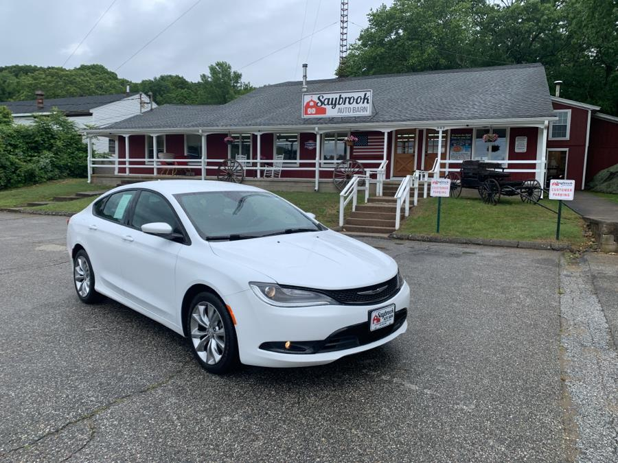 Used 2015 Chrysler 200 in Old Saybrook, Connecticut | Saybrook Auto Barn. Old Saybrook, Connecticut