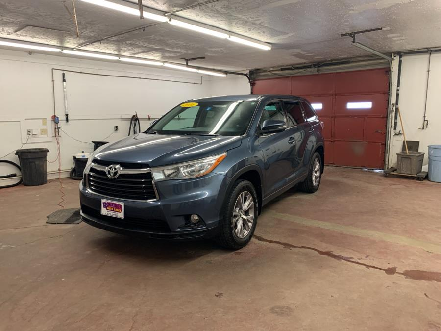 Used 2016 Toyota Highlander in Barre, Vermont | Routhier Auto Center. Barre, Vermont