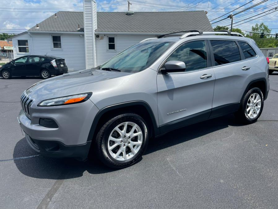 Used 2014 Jeep Cherokee in Milford, Connecticut | Chip's Auto Sales Inc. Milford, Connecticut