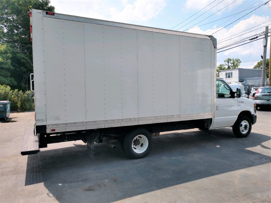 Used 2016 Ford E350 15 FT BOX TRUCK in COPIAGUE, New York | Warwick Auto Sales Inc. COPIAGUE, New York