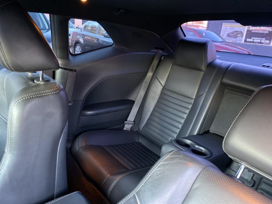 Used Dodge Challenger 2dr Cpe SXT 2014   Auto Store. West Hartford, Connecticut