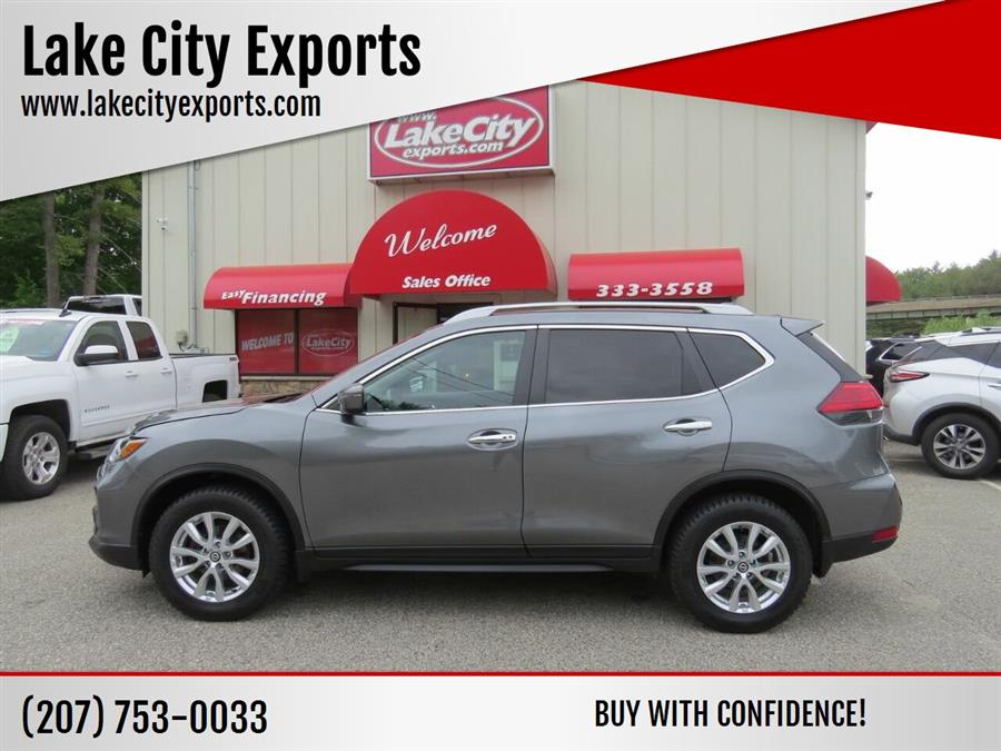 Used Nissan Rogue SV AWD 4dr Crossover 2017 | Lake City Exports Inc. Auburn, Maine