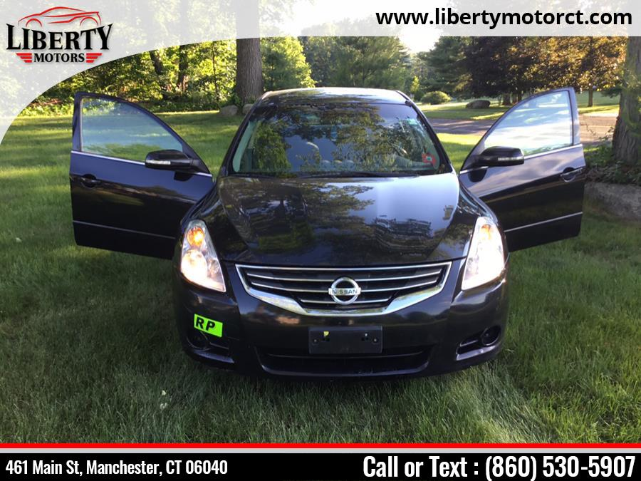 Used Nissan Altima 4dr Sdn I4 CVT 2.5 S 2010   Liberty Motors. Manchester, Connecticut