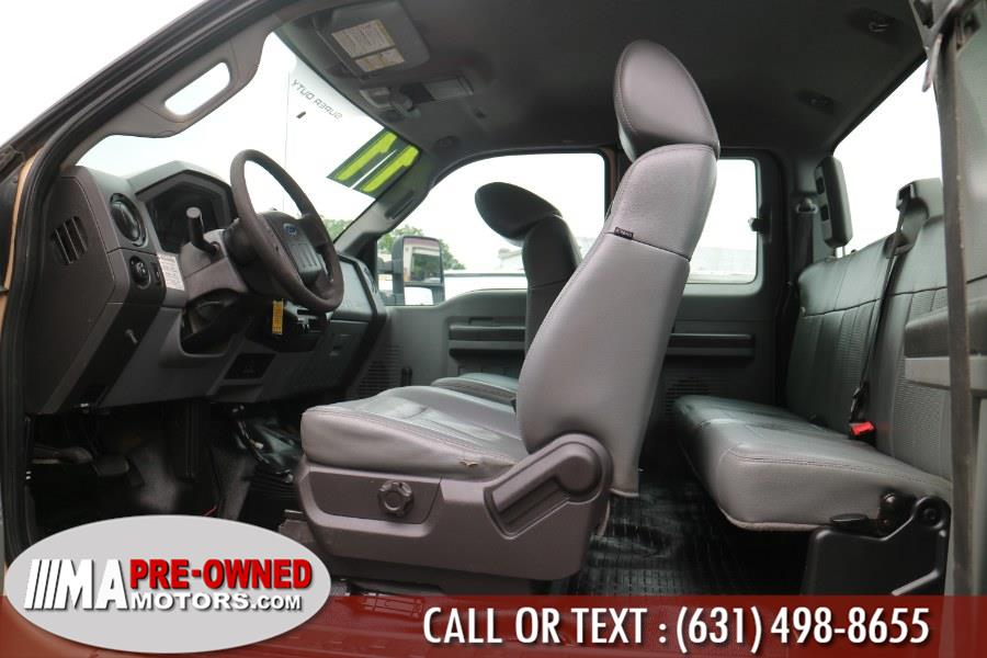 "Used Ford Super Duty F-350 SRW 4WD SuperCab 158"" XL 2011   M & A Motors. Huntington, New York"