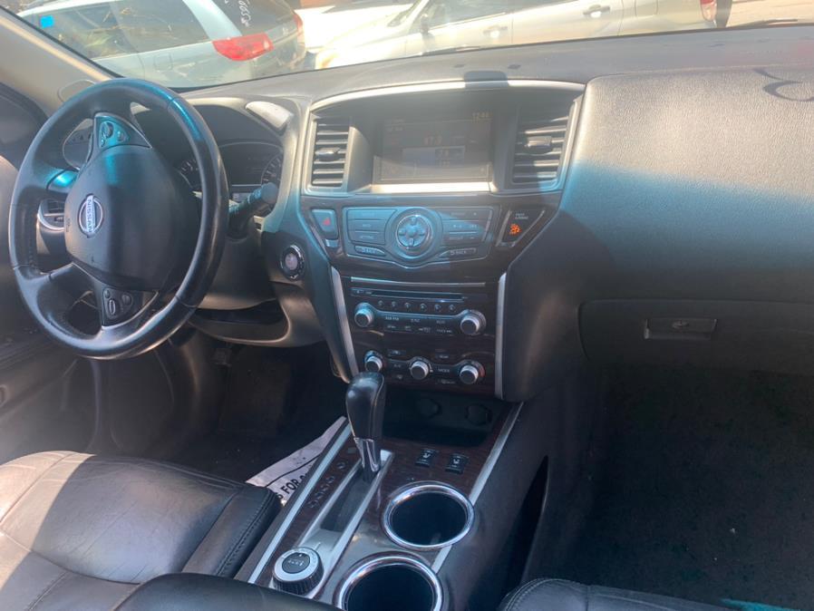 Used Nissan Pathfinder 4WD 4dr S 2013 | Atlantic Used Car Sales. Brooklyn, New York
