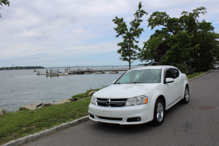 2014 Dodge Avenger 4dr Sdn SXT, available for sale in Great Neck, NY