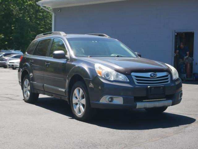 Used Subaru Outback 3.6R Limited 2012 | Canton Auto Exchange. Canton, Connecticut