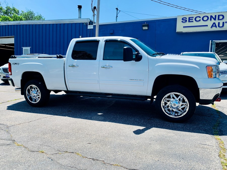 Used 2013 GMC Sierra 2500hd in Manchester, New Hampshire | Second Street Auto Sales Inc. Manchester, New Hampshire