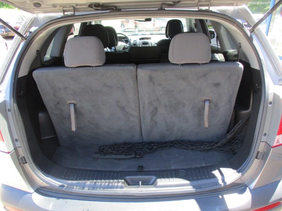 Used Kia Sorento AWD 4dr I4 LX 2011 | Cos Central Auto. Meriden, Connecticut