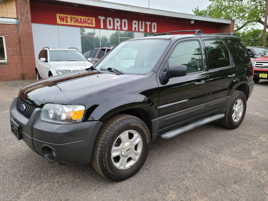Used Ford Escape XLT AWD W / Sunroof 2006 | Toro Auto. East Windsor, Connecticut