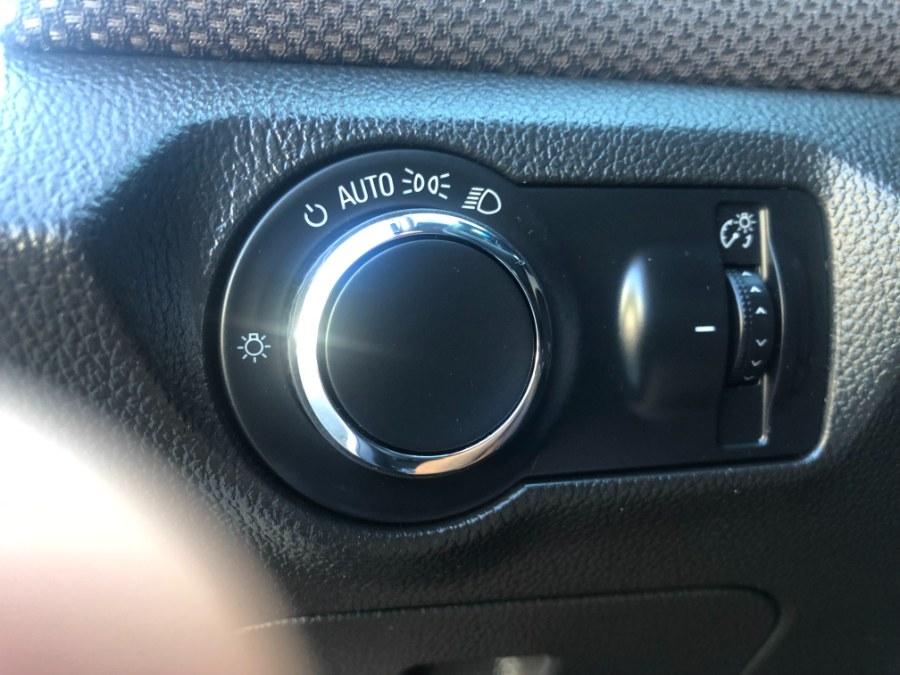 Used Chevrolet Cruze 4dr Sdn Auto 1LT 2015 | Bristol Auto Center LLC. Bristol, Connecticut