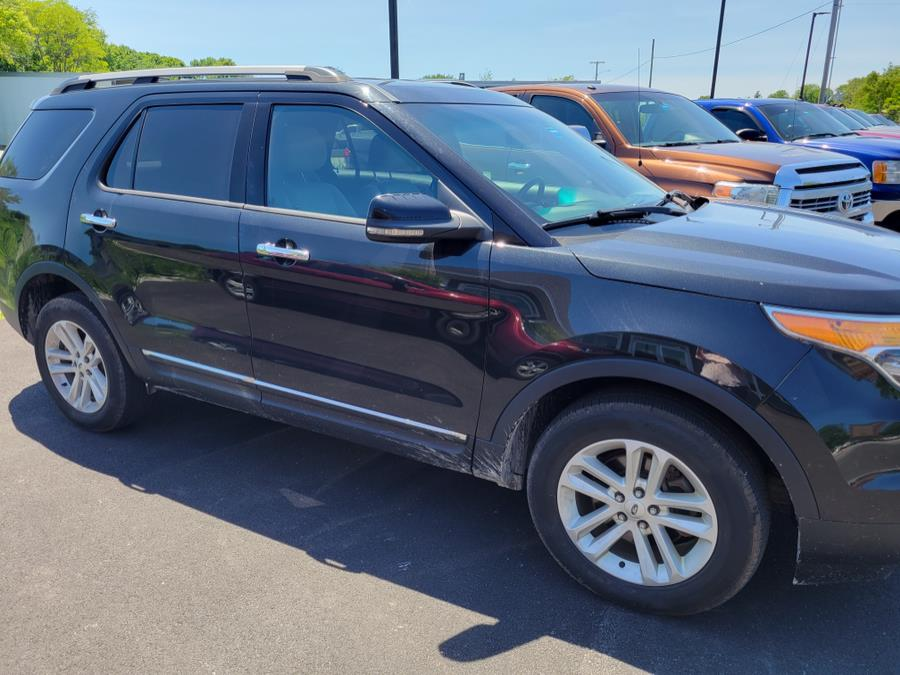 Used Ford Explorer 4WD 4dr XLT 2013   Searsport Motor Company. Searsport, Maine