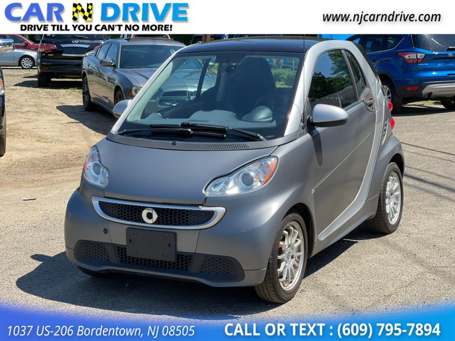 Used Smart Fortwo passion 2013 | Car N Drive. Bordentown, New Jersey