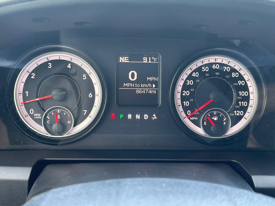 "Used Ram 1500 4WD Crew Cab 140.5"" Big Horn 2015 | Champion Auto Sales. Newark, New Jersey"
