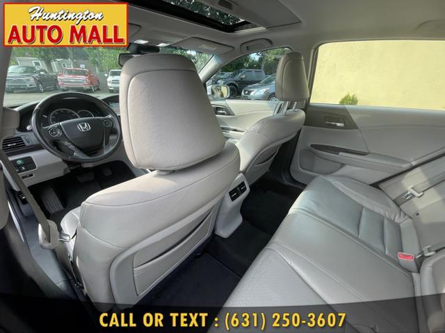 Used Honda Accord Sdn 4dr I4 CVT EX-L w/Navi 2013   Huntington Auto Mall. Huntington Station, New York