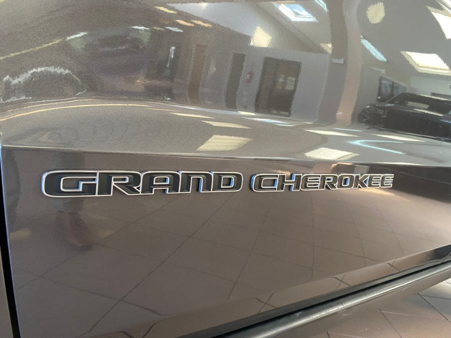 Used Jeep Grand Cherokee laredo 4x4 *Ltd Avail* 2018 | POWER MOTORS EAST. Massapequa Park, New York