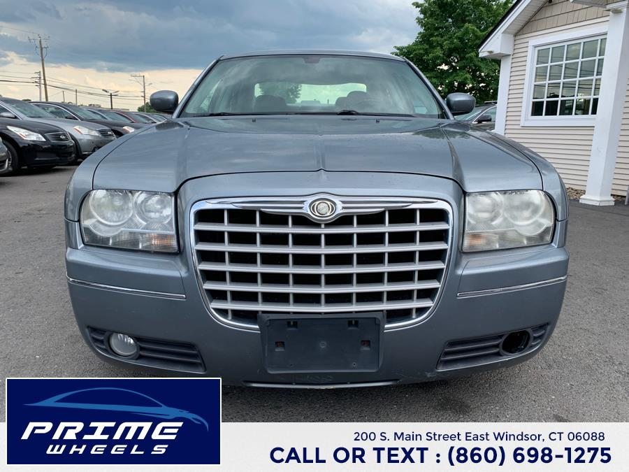 Used Chrysler 300 4dr Sdn 300 Limited RWD 2007 | Prime Wheels. East Windsor, Connecticut