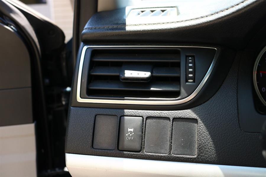 Used Toyota Camry SE 4dr Sedan 2016   SJ Motors. Woodside, New York