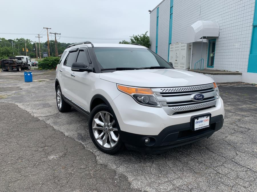 Used Ford Explorer 4WD 4dr XLT 2014 | Dealertown Auto Wholesalers. Milford, Connecticut