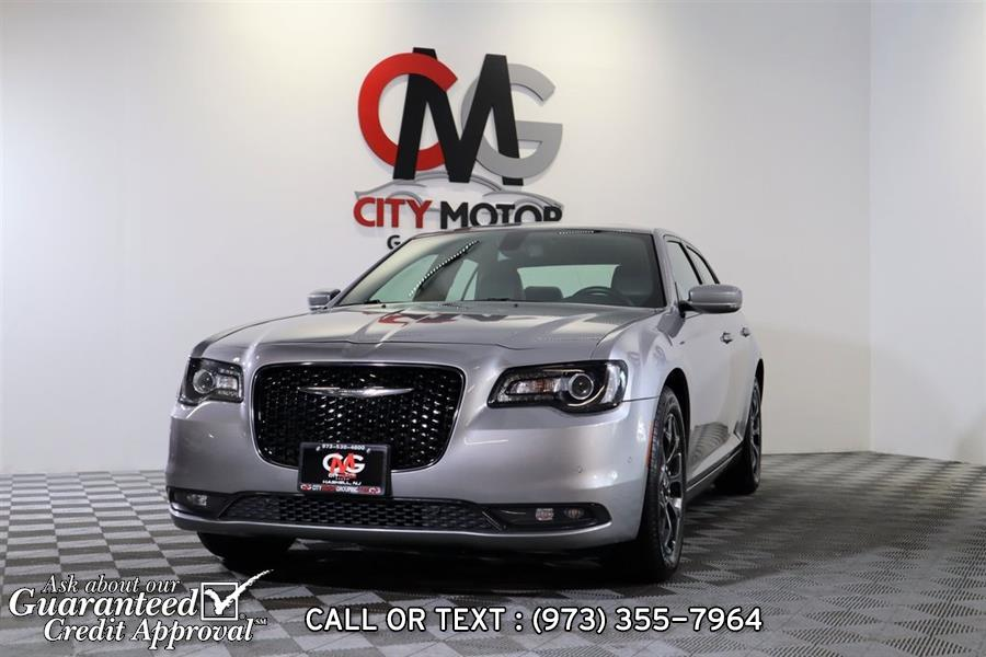 Used 2018 Chrysler 300 in Haskell, New Jersey | City Motor Group Inc.. Haskell, New Jersey