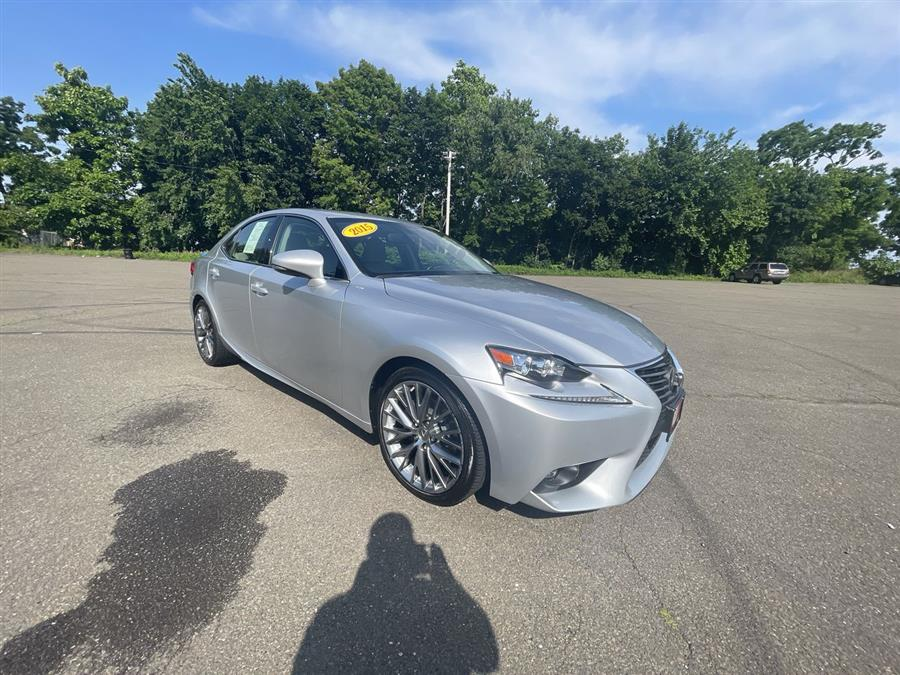 Used Lexus IS 250 4dr Sport Sdn AWD 2015 | Wiz Leasing Inc. Stratford, Connecticut