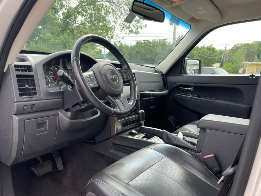 Used Jeep Liberty 4WD 4dr Sport Latitude 2012   Merrimack Autosport. Merrimack, New Hampshire