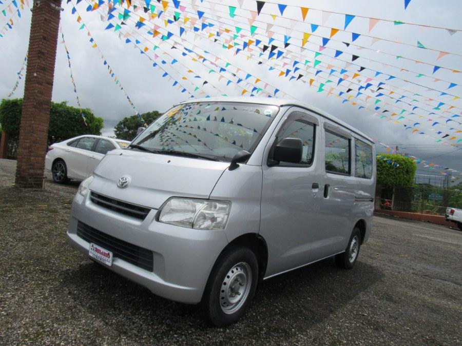 Used 2014 Toyota TOWNACE in San Francisco de Macoris Rd, Dominican Republic | Hilario Auto Import. San Francisco de Macoris Rd, Dominican Republic
