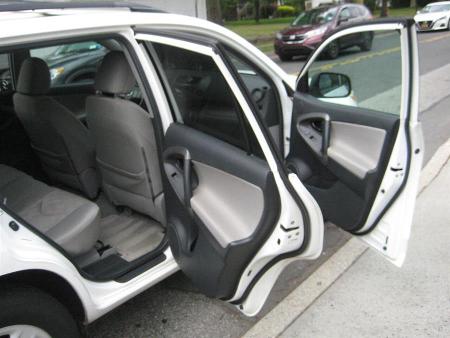 Used Toyota Rav4 Base 4x4 4dr SUV 2011   Rite Choice Auto Inc.. Massapequa, New York