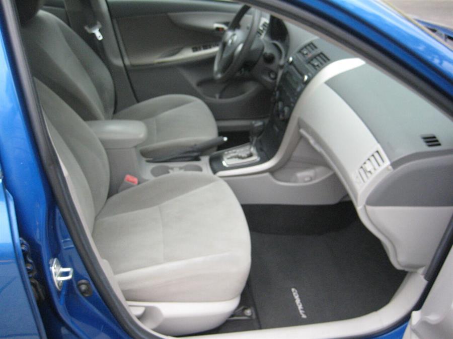 Used Toyota Corolla LE 4dr Sedan 4A 2010   Rite Choice Auto Inc.. Massapequa, New York