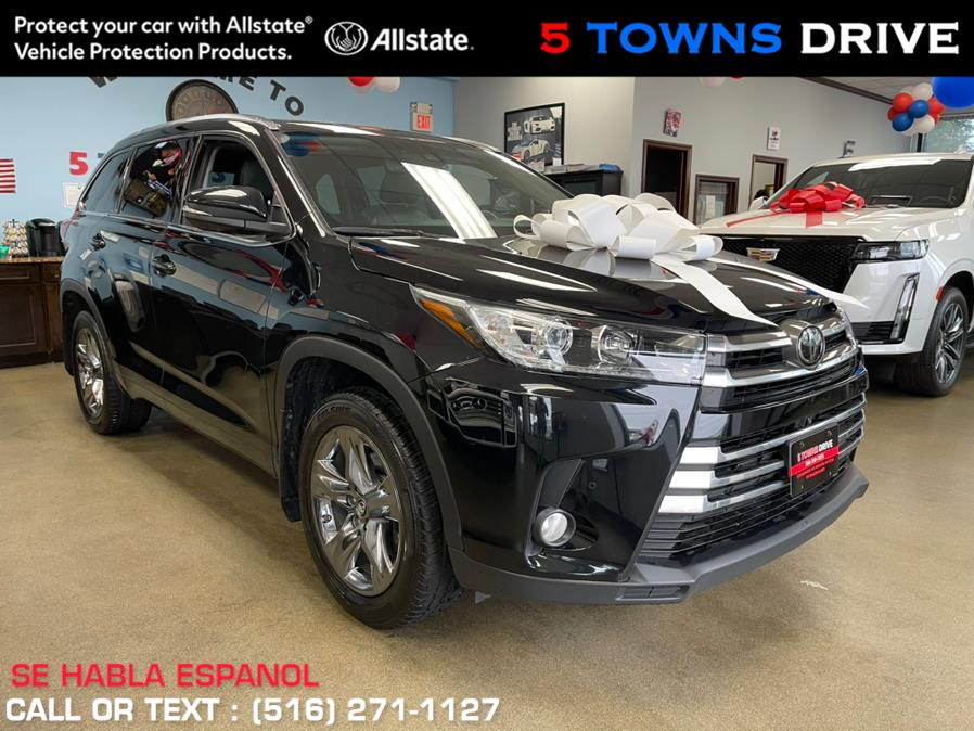 Used Toyota Highlander Limited V6 AWD (Natl) 2017   5 Towns Drive. Inwood, New York